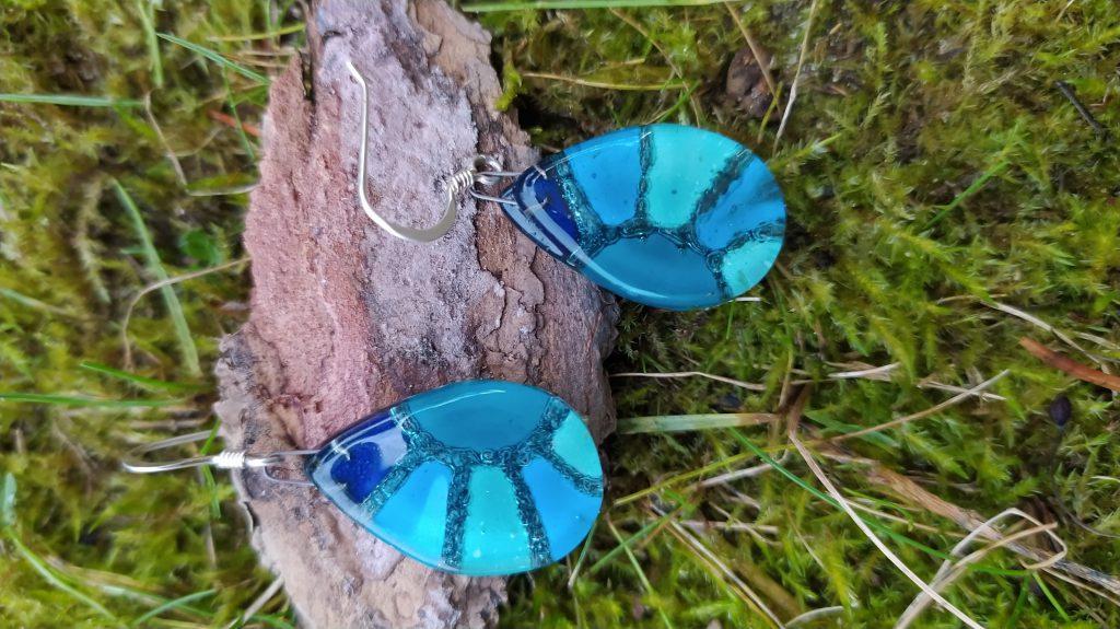blauer Ohrring - Kunsthandwerk